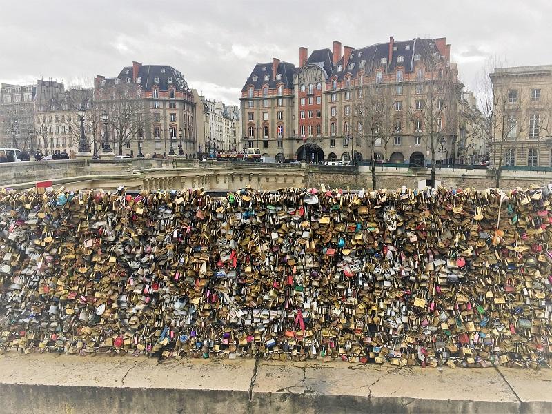 Cadeados do amor na Europa
