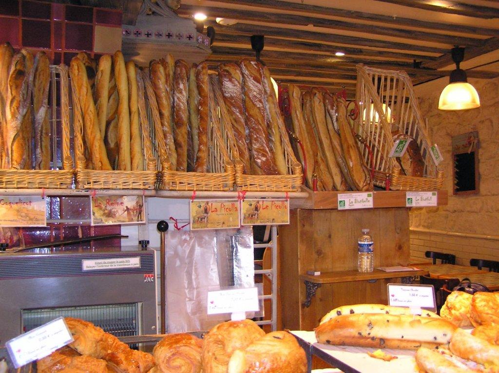 Pães na Le Grenier à Pain em Paris