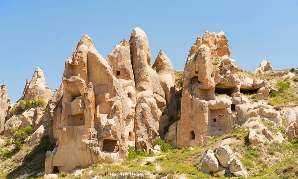 Formações rochosas no Museu a Céu Aberto de Goreme na Capadócia