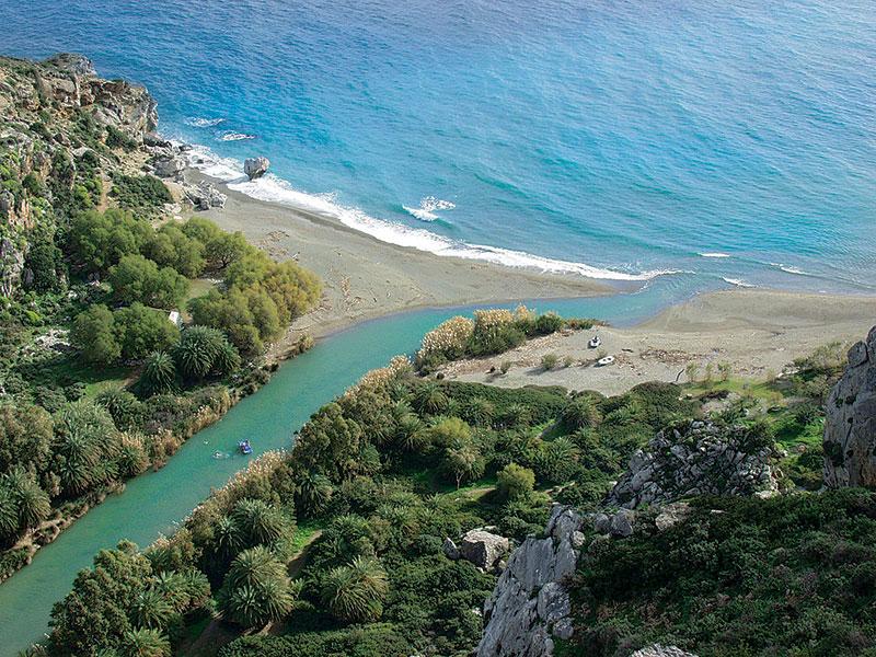 Praia Prevelli na ilha de Creta