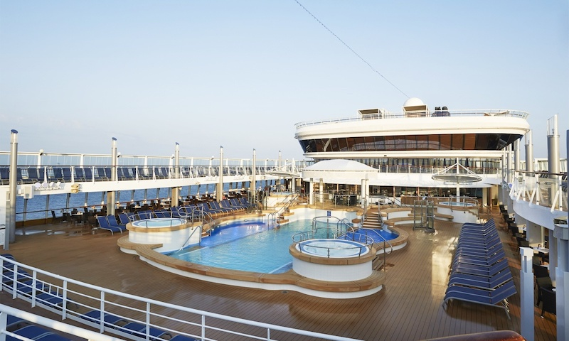 Piscina do Norwegian Star